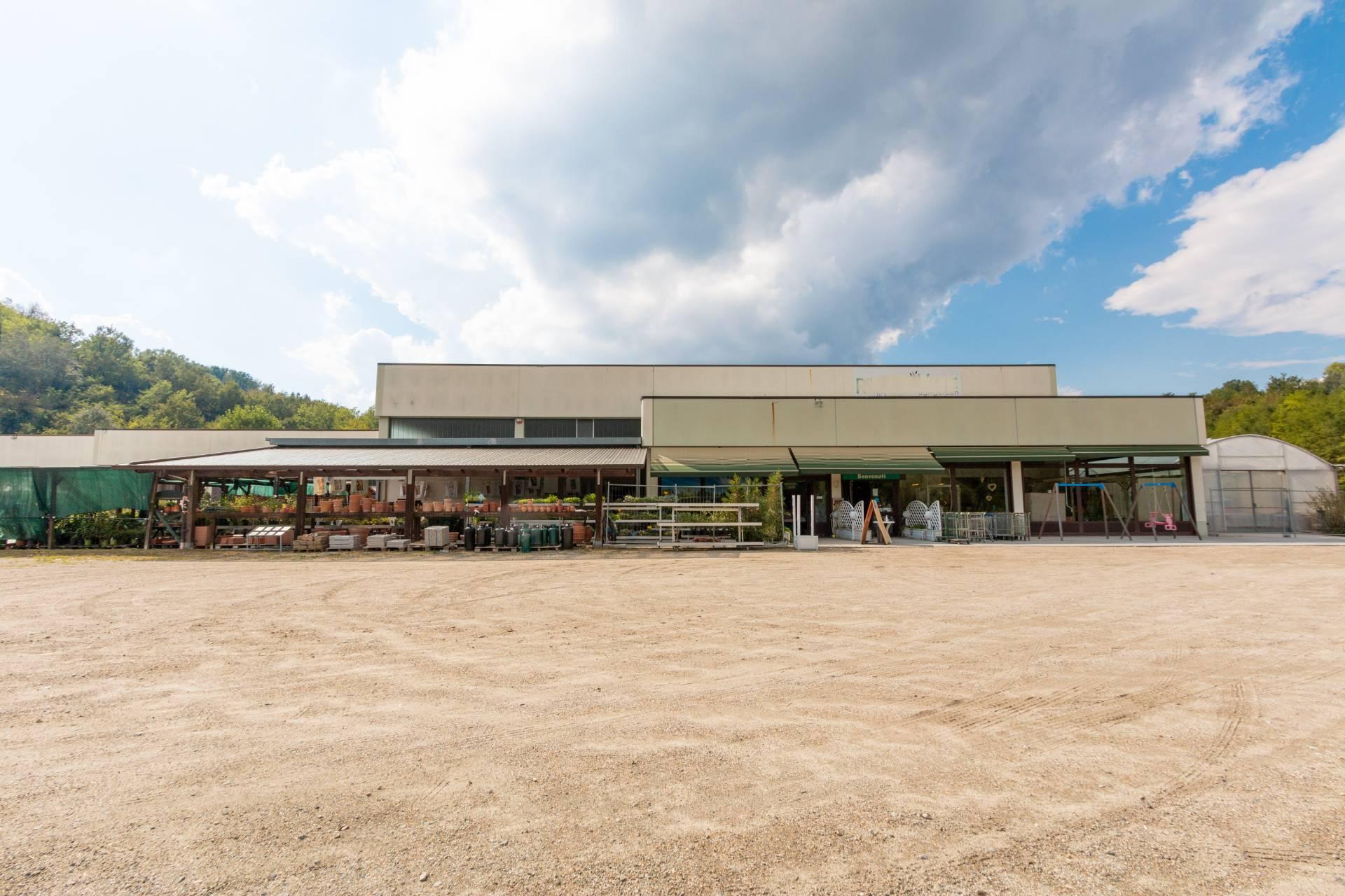 Negozio / Locale in vendita a Chiusano d'Asti, 9999 locali, prezzo € 395.000 | CambioCasa.it