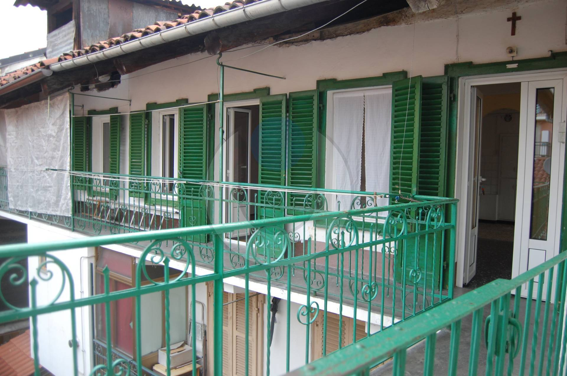 Appartamento in vendita a Giaveno, 4 locali, zona Località: Centro, prezzo € 33.000 | PortaleAgenzieImmobiliari.it