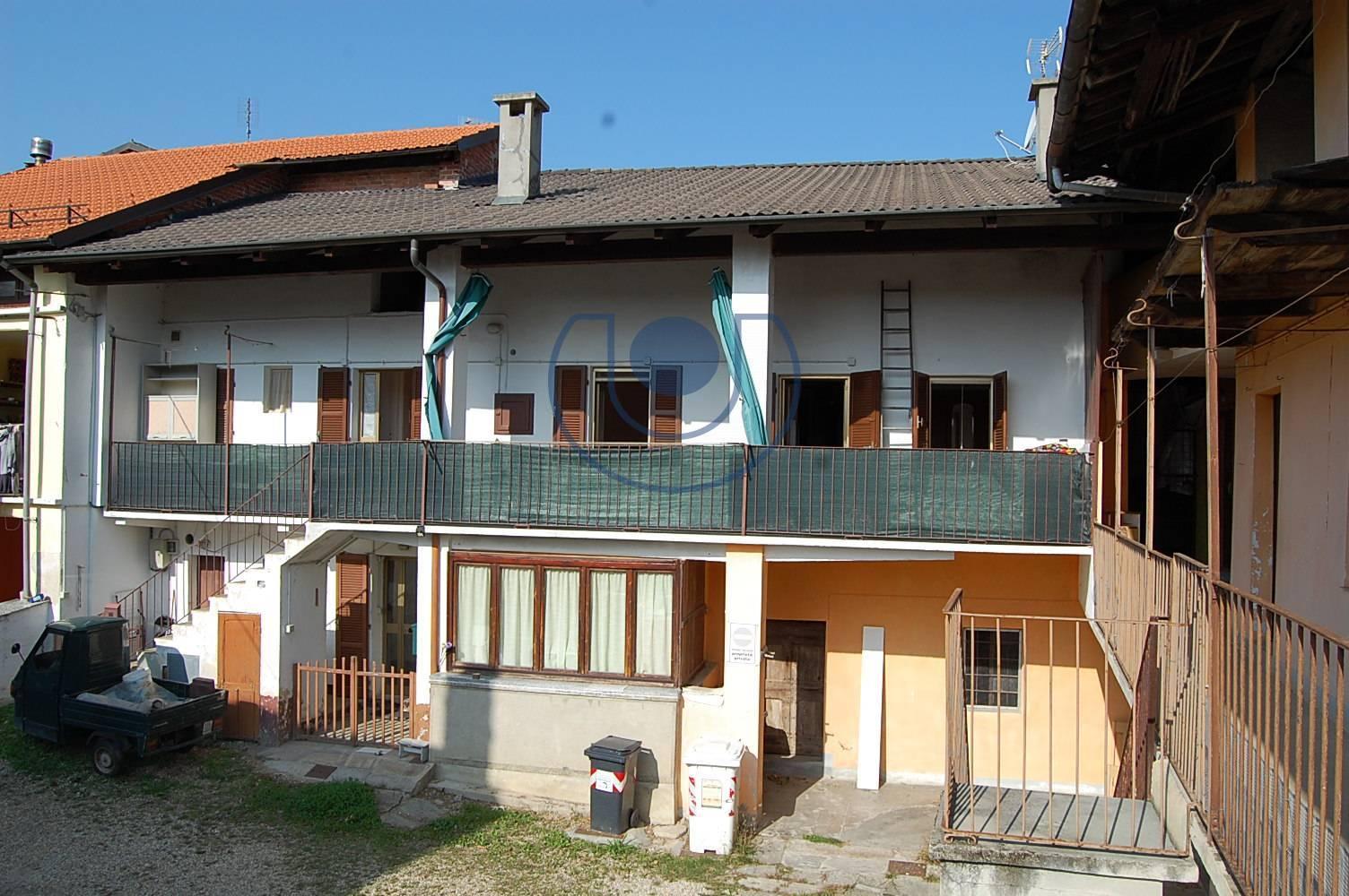 Appartamento in vendita a Giaveno, 6 locali, zona Località: B.taSelvaggio, prezzo € 48.000 | PortaleAgenzieImmobiliari.it