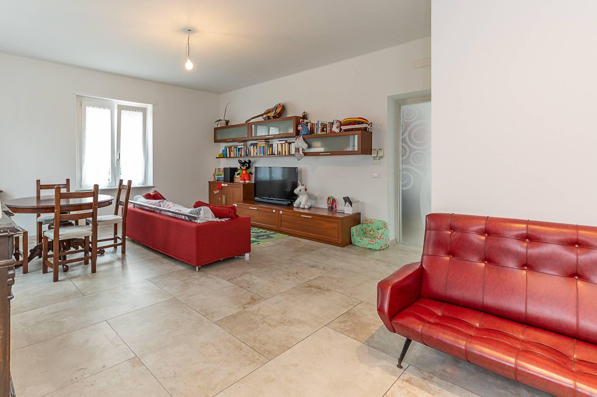 Appartamento in vendita a Rivoli, 6 locali, prezzo € 360.000 | PortaleAgenzieImmobiliari.it