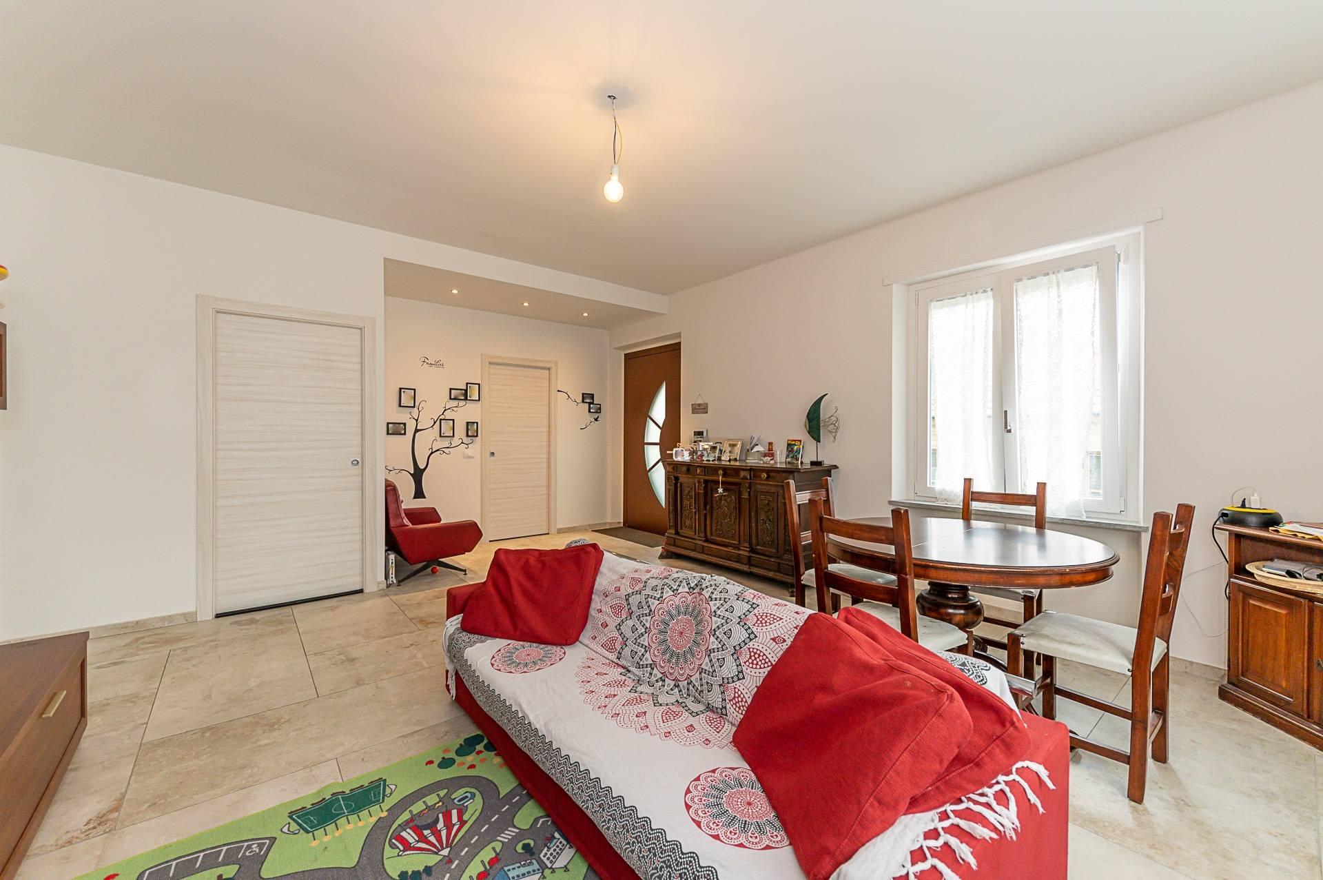 Appartamento in vendita a Rivoli, 6 locali, prezzo € 360.000   PortaleAgenzieImmobiliari.it