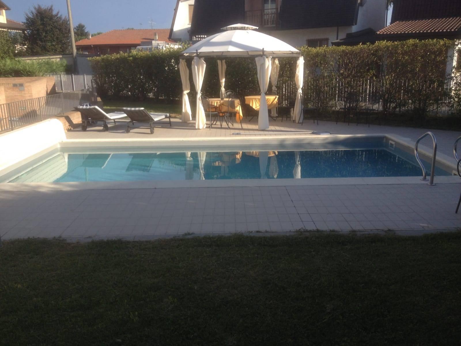 Appartamento in vendita a Robassomero, 5 locali, zona Località: Robassomero, prezzo € 285.000 | CambioCasa.it
