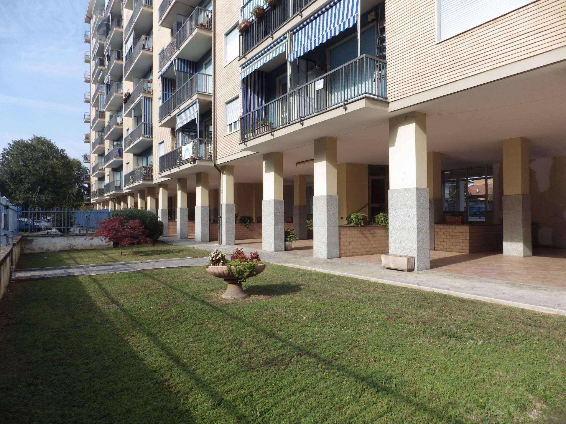 Appartamento in vendita a Grugliasco, 3 locali, zona Località: SanGiacomo, prezzo € 127.000 | CambioCasa.it