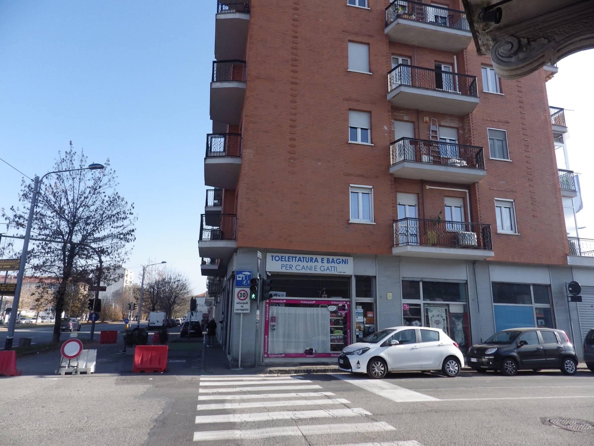 Attività / Licenza in vendita a Collegno, 9999 locali, prezzo € 35.000 | CambioCasa.it
