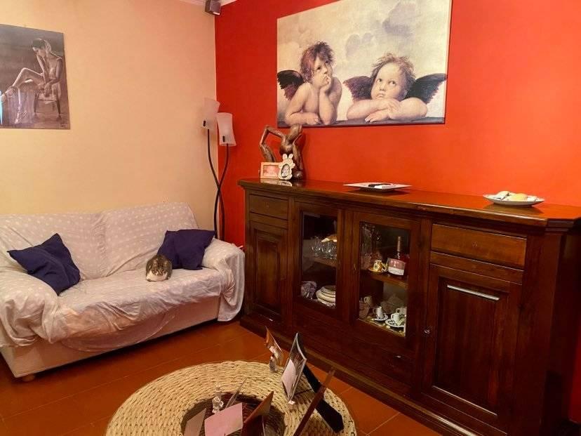 Appartamento in vendita a Carignano, 4 locali, zona Località: Centrale, prezzo € 129.000 | CambioCasa.it