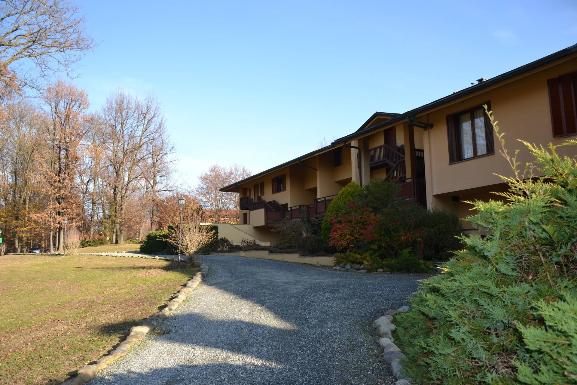 Appartamento in vendita a Fiano, 6 locali, zona Località: 2^Cintura, prezzo € 275.000 | CambioCasa.it