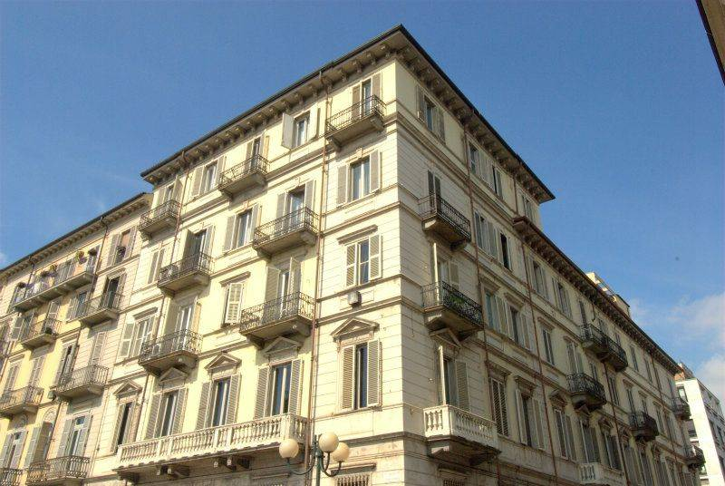 APPARTAMENTO in Affitto a Centro, Torino (TORINO)
