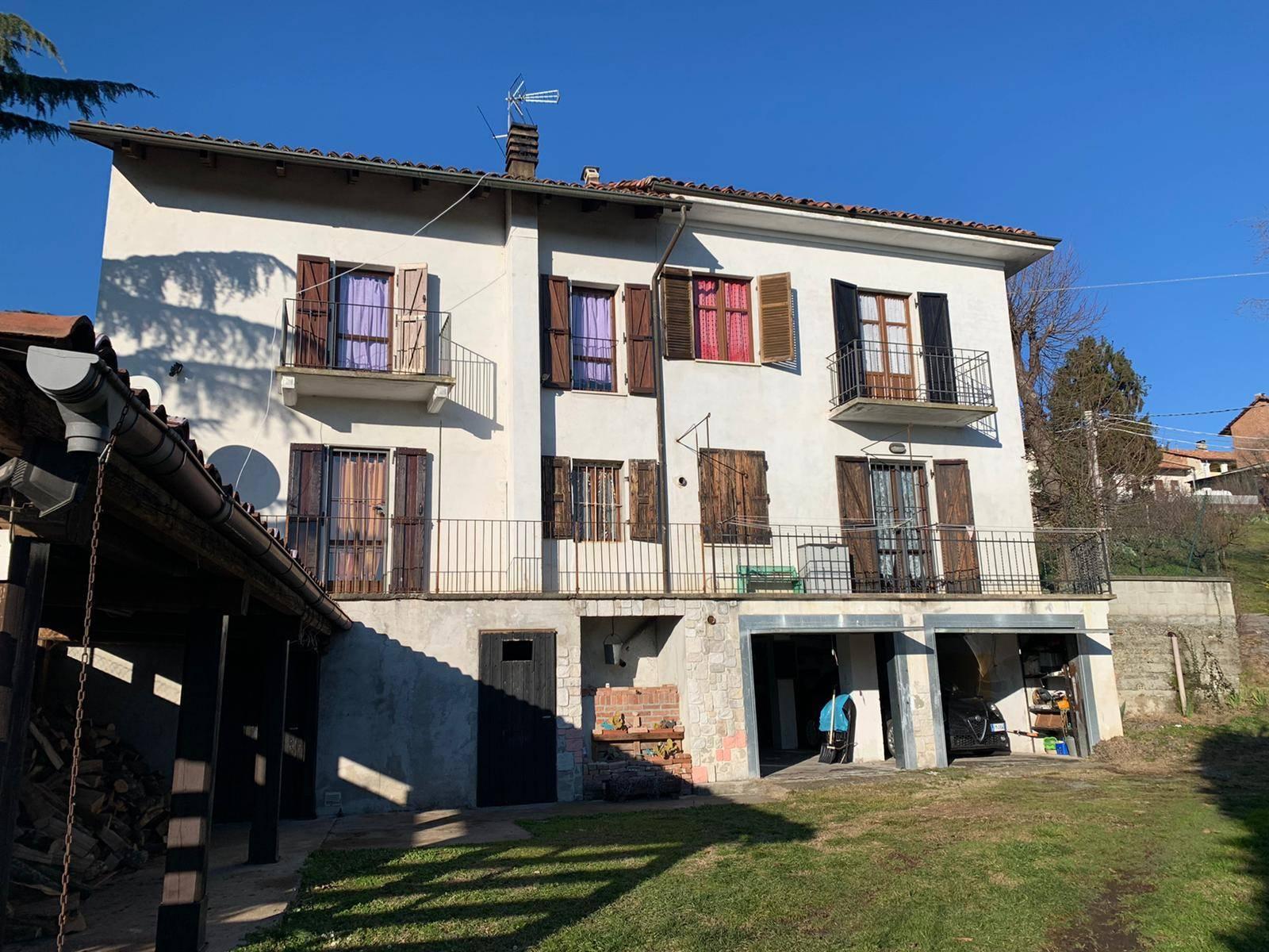 Casa indipendente in vendita a Robella (AT)