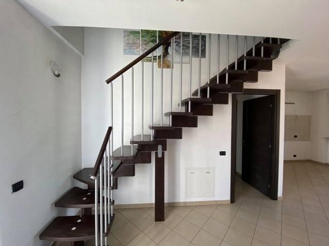 Appartamento in vendita a Piobesi Torinese, 3 locali, zona Località: Centro, prezzo € 120.000   CambioCasa.it