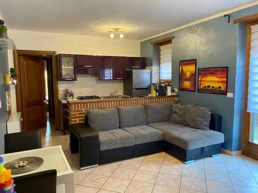 Appartamento in vendita a Piobesi Torinese, 2 locali, zona Località: Piobesi, prezzo € 97.000   CambioCasa.it