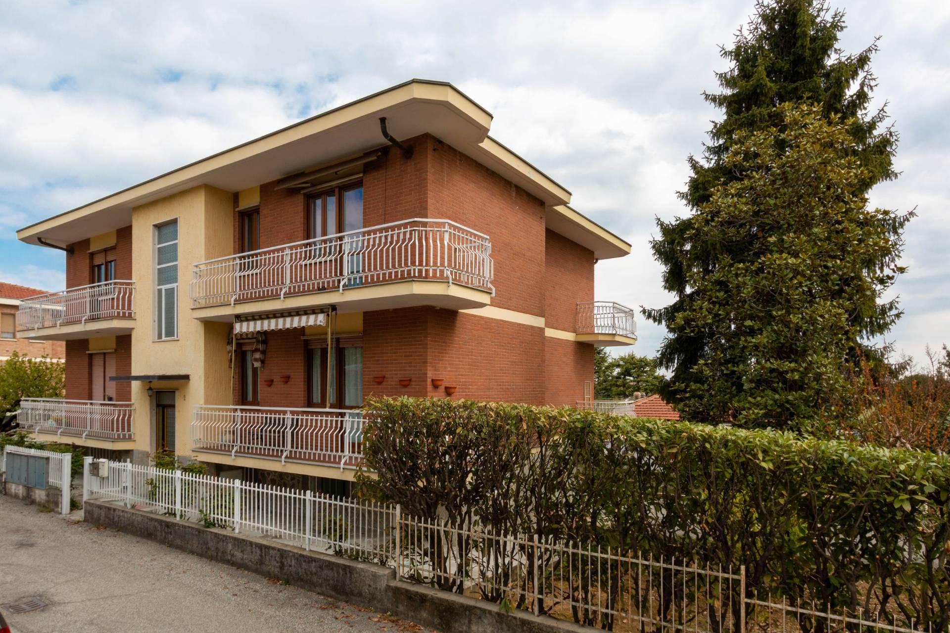 Vendita 5 Locali Appartamento Chieri 260199