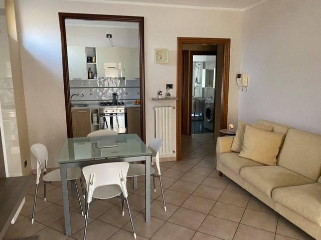 Appartamento in affitto a Vinovo, 3 locali, zona Zona: Centro, prezzo € 480 | CambioCasa.it