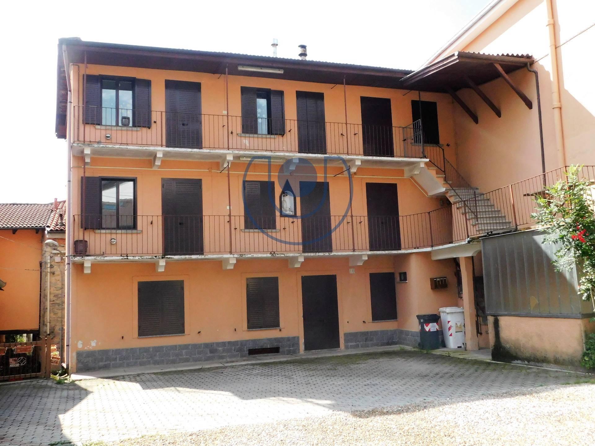 Altro in vendita a Giaveno, 12 locali, zona Località: B.taSelvaggio, prezzo € 100.000 | PortaleAgenzieImmobiliari.it