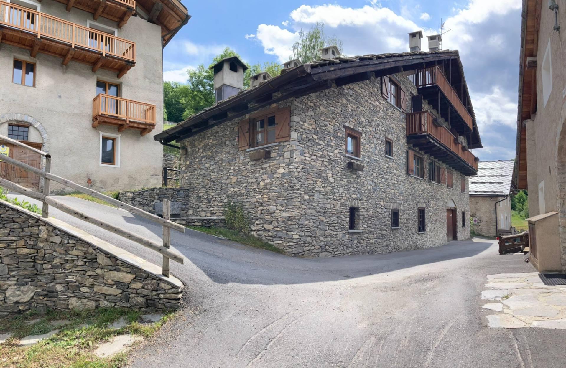 Appartamento in vendita a Bardonecchia, 3 locali, zona Località: Bardonecchia, prezzo € 198.000   CambioCasa.it