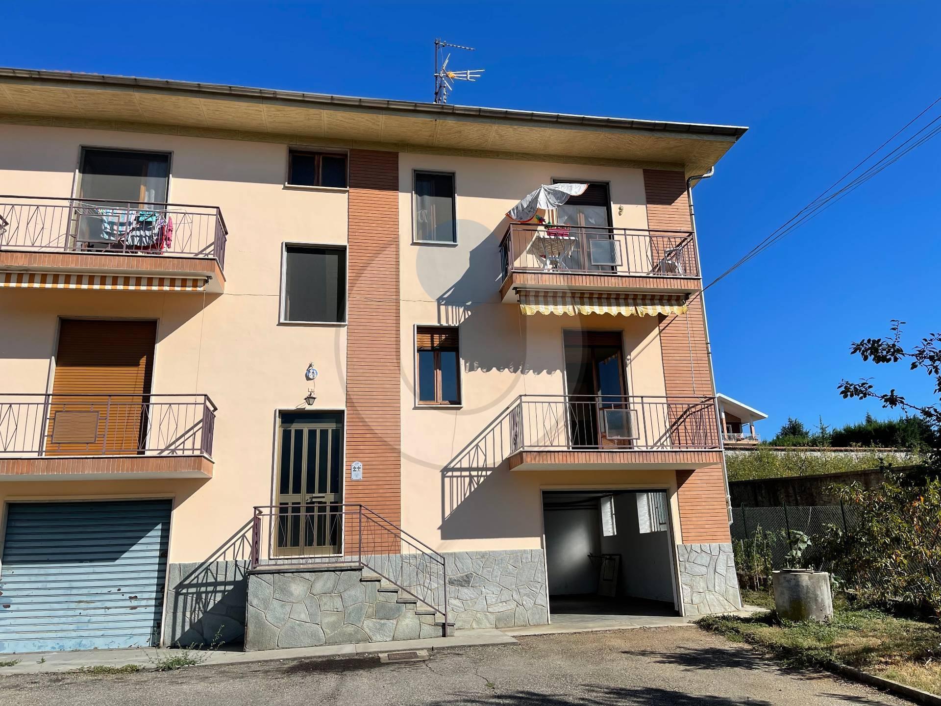 Appartamento in affitto a Giaveno, 5 locali, zona Località: Semicentrale, prezzo € 350 | PortaleAgenzieImmobiliari.it