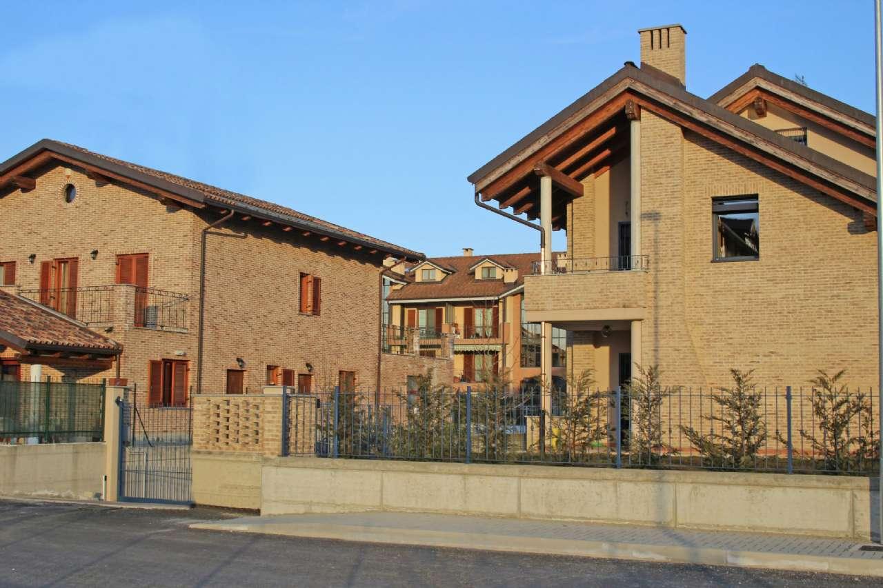 Villa Bifamiliare in Vendita a Chivasso