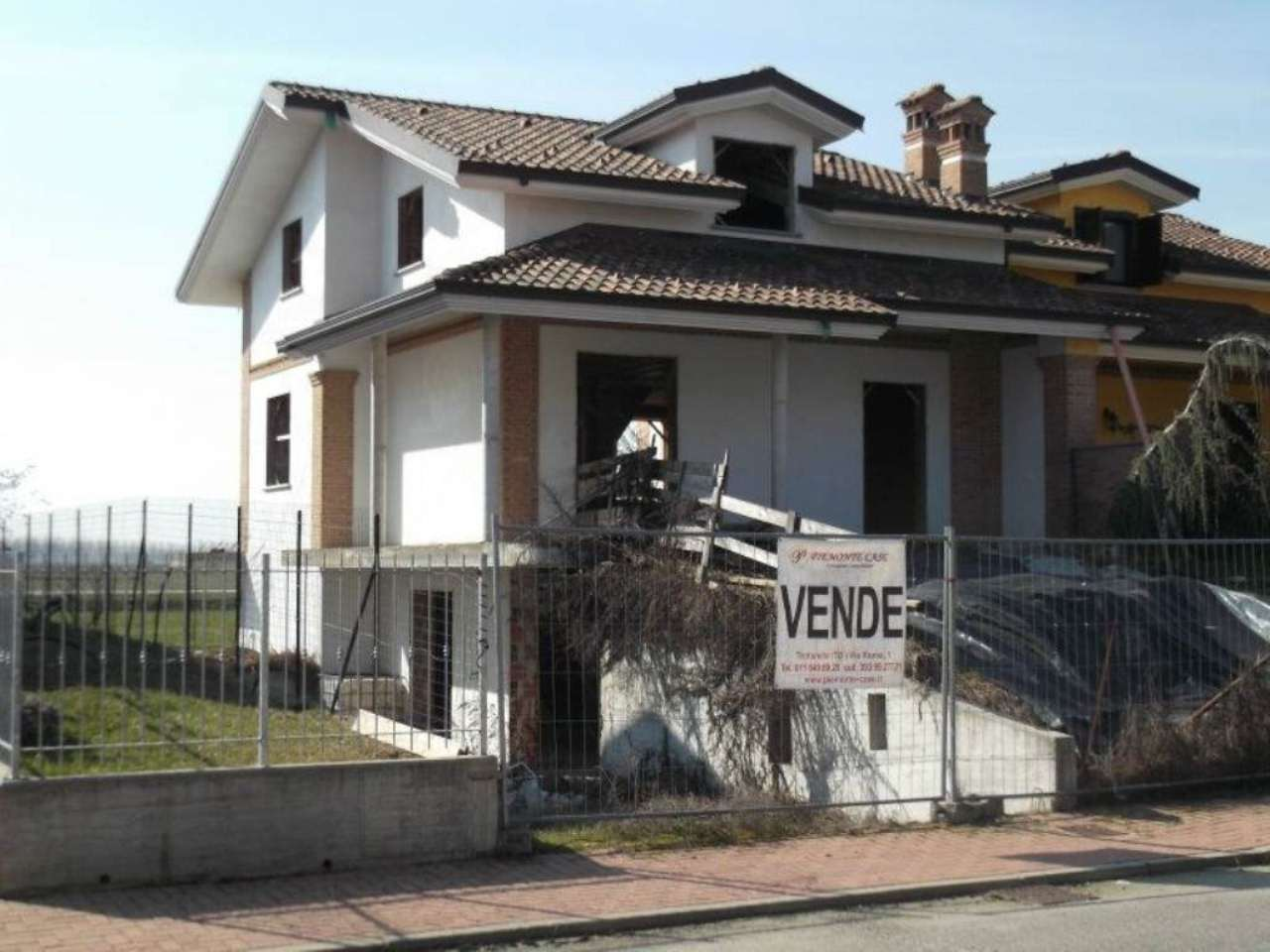 Villa in Vendita a Poirino