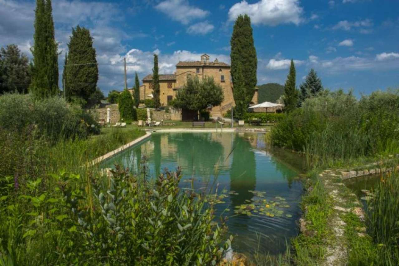 Farmhouse for Sale to Volterra