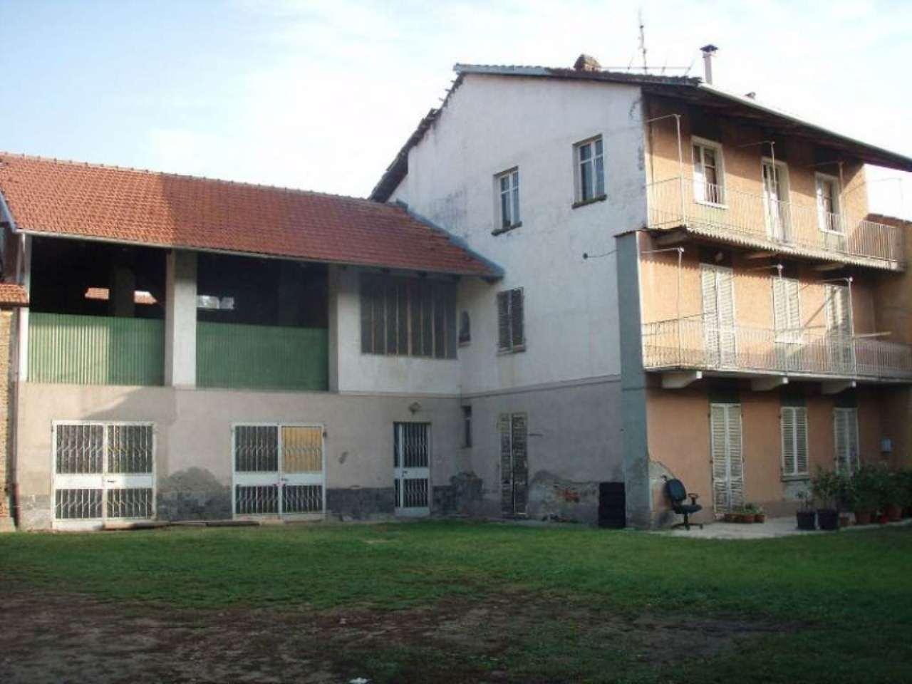 Porzione di casa in Vendita a Caluso