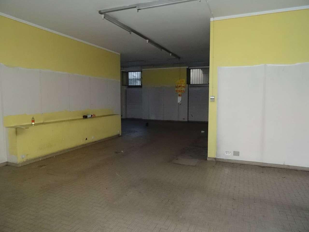 Negozio in Affitto a Mondovì