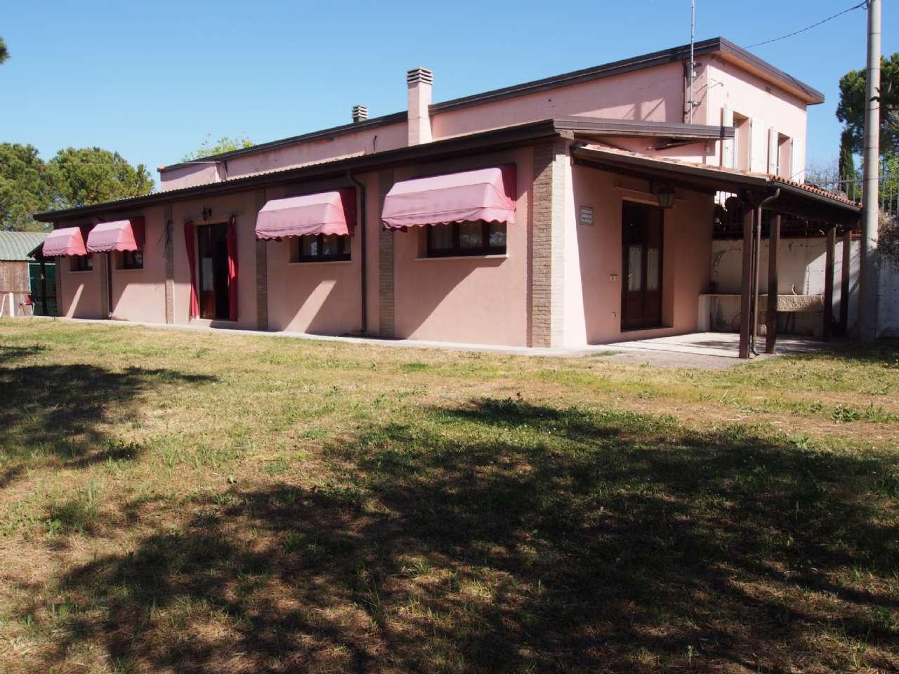 Rustico in Vendita a Santarcangelo di Romagna