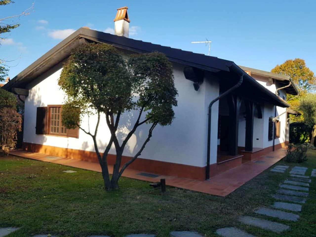 Villa Unifamiliare in Affitto a Pecetto Torinese