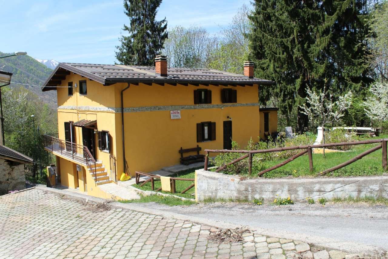 Porzione di casa in Vendita a Roburent