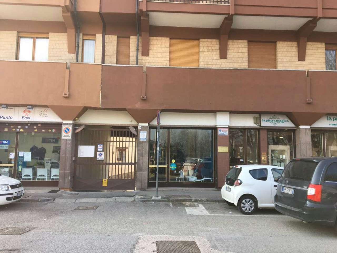 Negozio in Affitto a Moncalieri