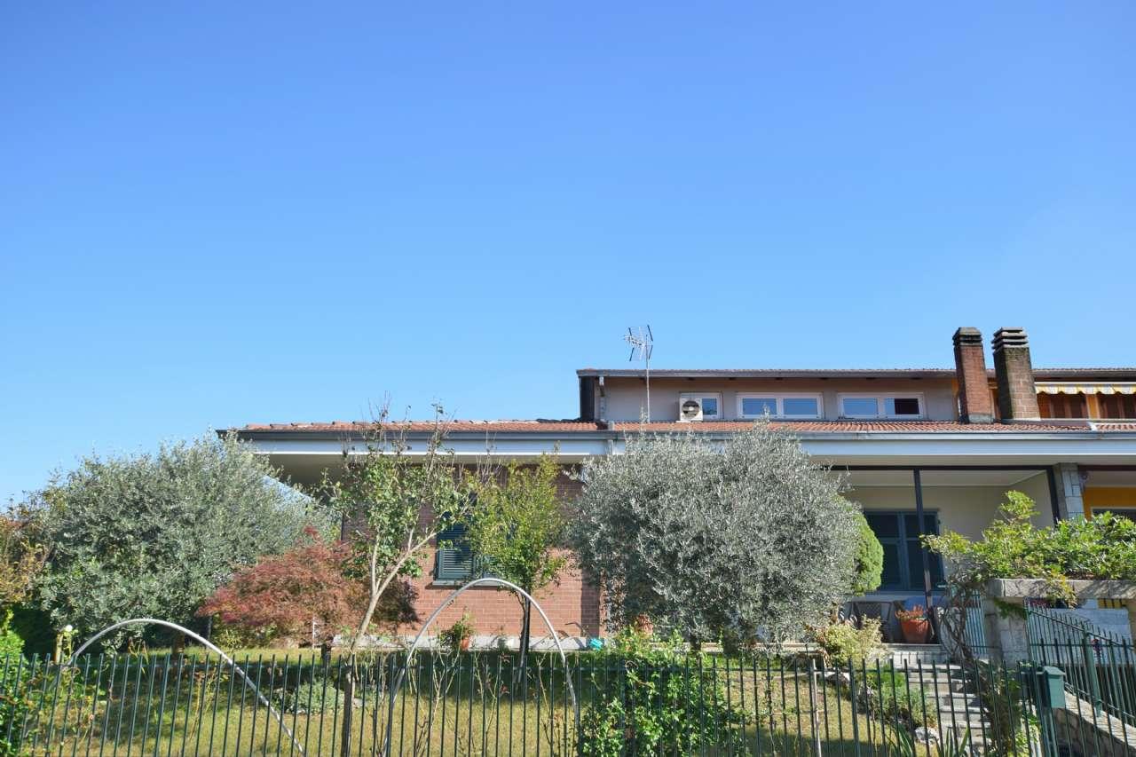 Villa Bifamiliare in Vendita a Cambiano