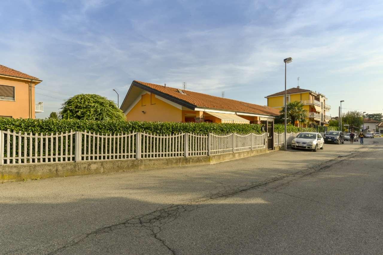 Villa in Vendita a Trofarello