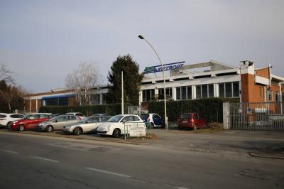Capannone in Affitto a Grugliasco