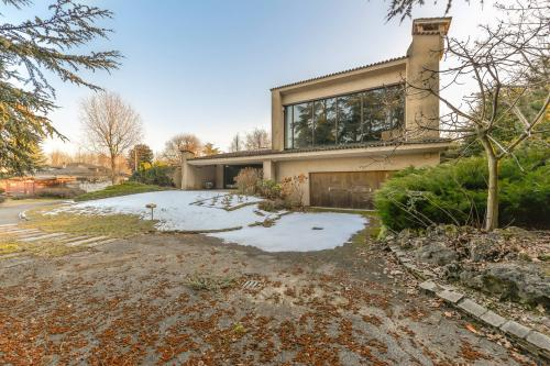 Villa for Sale to Fiano