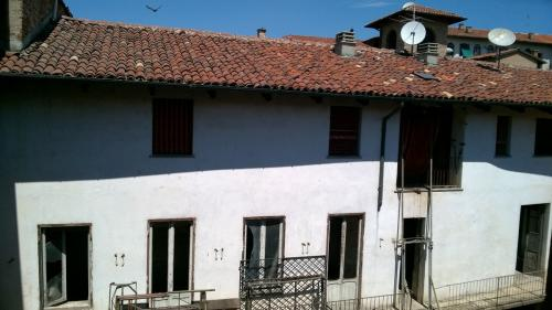 Stabile - Palazzo in Vendita a Chieri