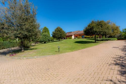 Villa Unifamiliare in Vendita a Pecetto Torinese