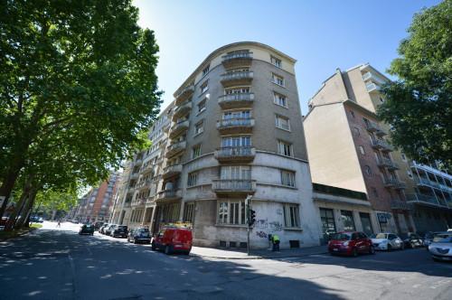 Stabile - Palazzo in Vendita a Torino