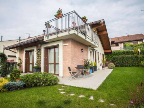 Villa a Schiera in Affitto a Pino Torinese