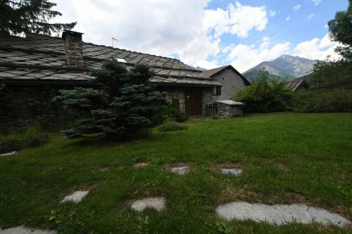 Villa Unifamiliare in Vendita a Bardonecchia