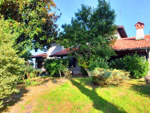 Villa in Vendita a San Francesco al Campo