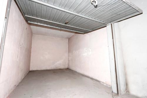 Box o garage in Vendita a Nichelino