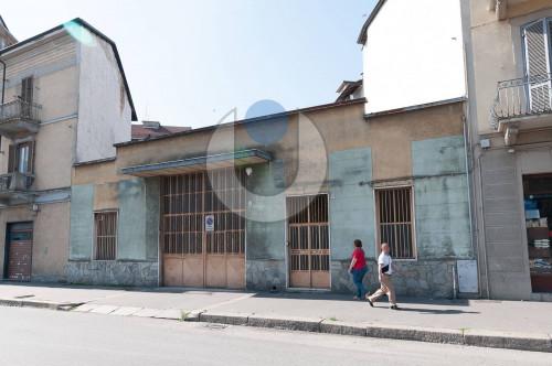 Capannone in Vendita a Torino