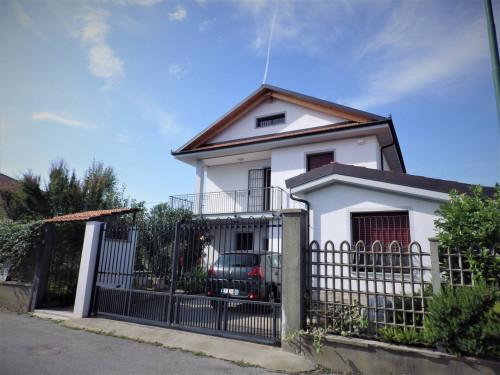 Villa in Vendita a Cavallermaggiore