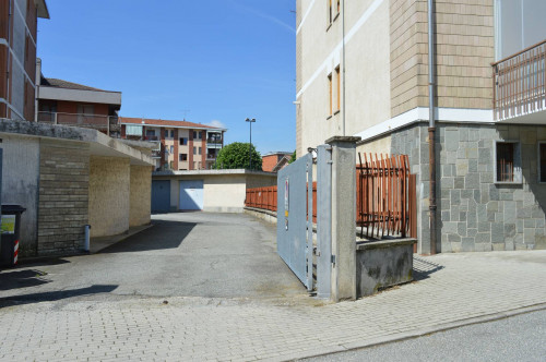 Box o garage in Vendita a Caselle Torinese