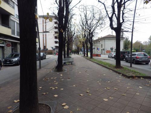 Locale commerciale in Affitto a Grugliasco