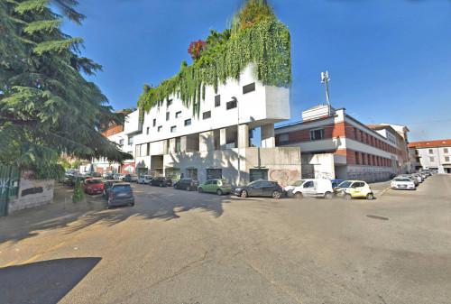 Show room in Vendita a Milano