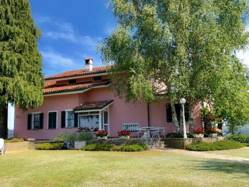 Villa Unifamiliare in Vendita a Bossolasco