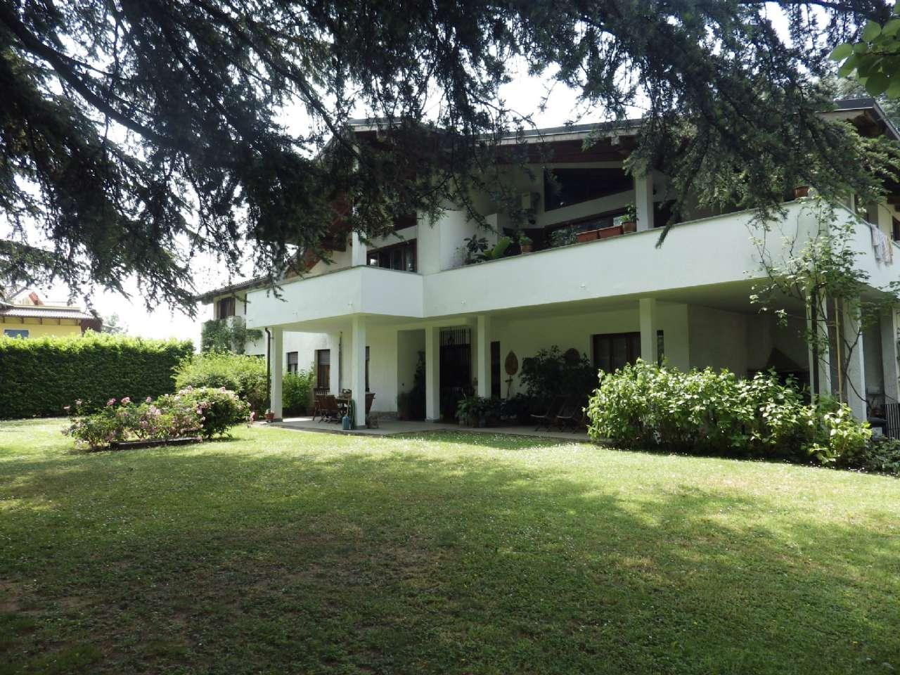 Villa Trifamiliare in Vendita a Rivalta di Torino