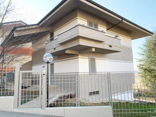 Villa Unifamiliare in Vendita a Mondovì