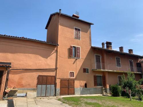 Casale in Vendita a Mondovì