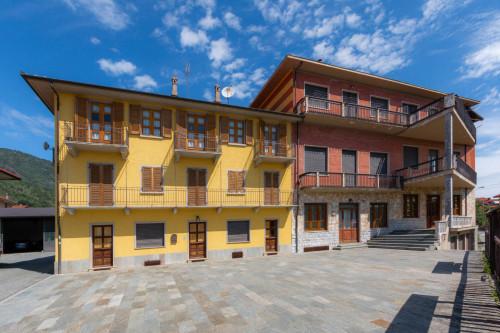 Stabile - Palazzo in Vendita a Cafasse