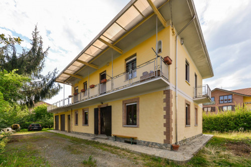 Casa indipendente in Vendita a Robassomero